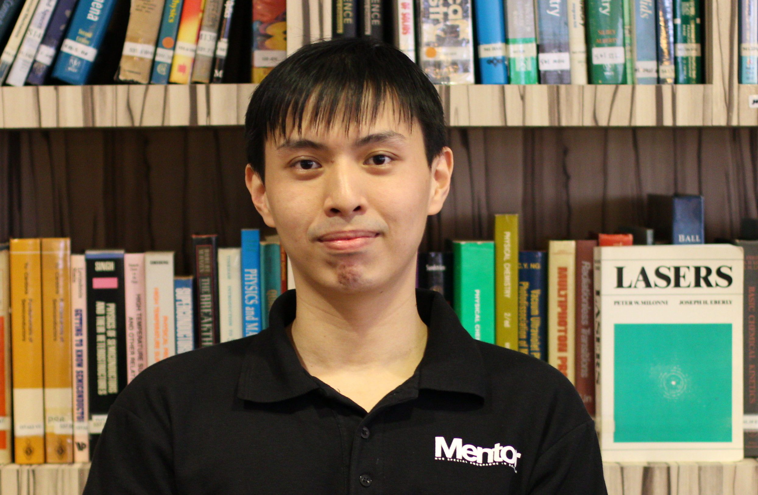 2019 | Past SPS  Head Mentor  Max Tan has published his summer internship research in Applied Physics Letters (APL).